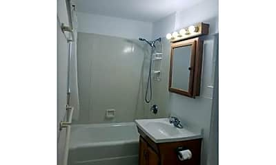 Bathroom, 52 Mt Pleasant St, 2
