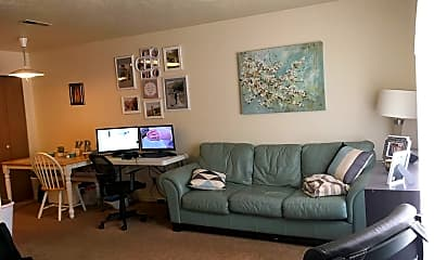 Living Room, 413 S State St, 1