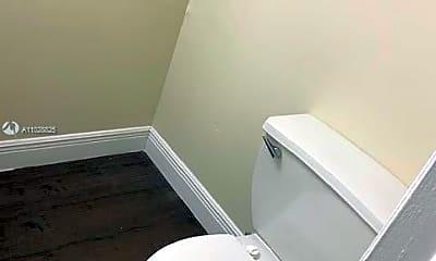 Bathroom, 2029 NW 46th Ave E205, 2