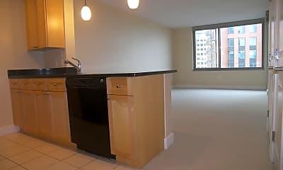 Kitchen, 2001 15th St N 902, 0