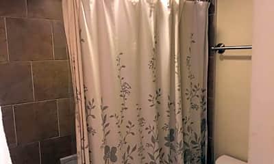Bathroom, 922 24th St NW 706, 2