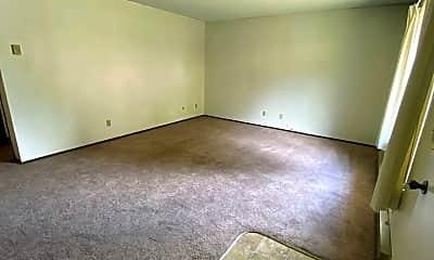 Living Room, 851 NE Johnson St, 2