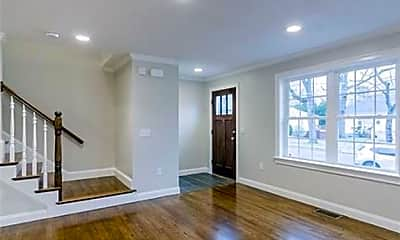 Living Room, 40 Beaconwood Rd B, 1