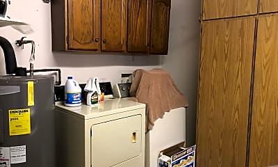 Kitchen, 689 Leisure World, 2