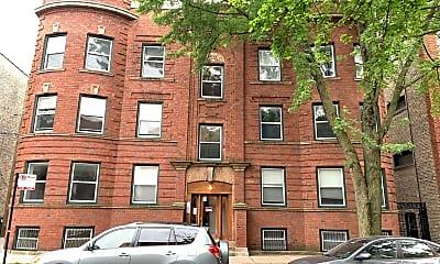 Building, 1517 W Cornelia Ave, 2
