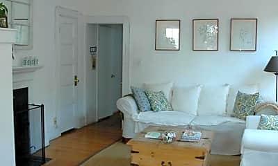 Living Room, 90 Revere St, 0