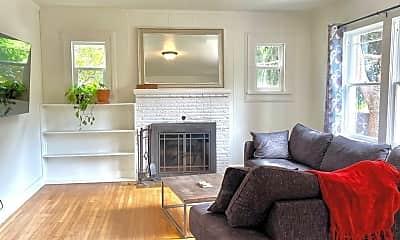 Living Room, 1405 SE Long St, 1