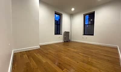 Living Room, 3971 Gouverneur Ave 2-E, 2