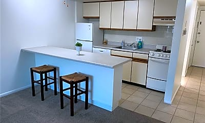 Kitchen, 4355 Maryland Ave 432, 1