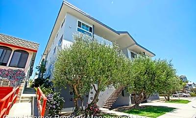 Building, 1100 Monterey Blvd, 1