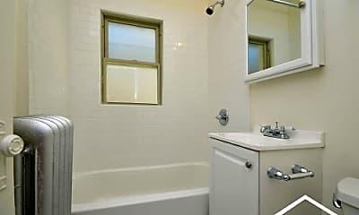 Bathroom, 4851 N Kimball Ave, 0
