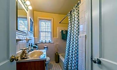 Bathroom, Malvern Manor Apartments, 2