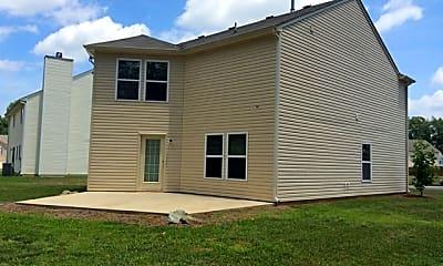 Building, 504 Hawthorn Ridge Drive, 2