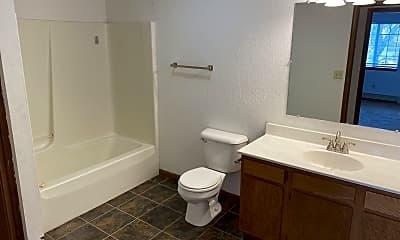 Bathroom, 450 S Fairfield Ave, 2