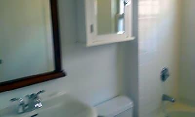 Bathroom, 15 Sunset St. #1, 2