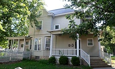 Building, 901 Leavenworth St, 1