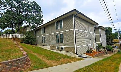 Building, 111 Barton St, 2