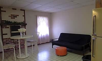 Living Room, 7088 State Rte 549, 1