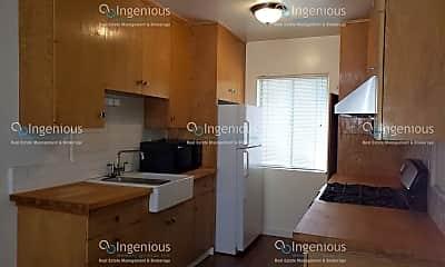 Kitchen, 748 N Hudson Ave, 2