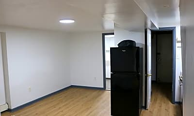 Kitchen, 533 Van Siclen Ave, 1