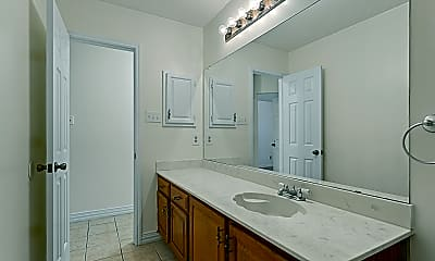 Bathroom, 7598 Kurtz Ct, 2