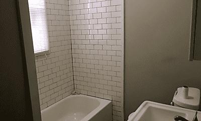 Bathroom, 1304 Court Ave, 2