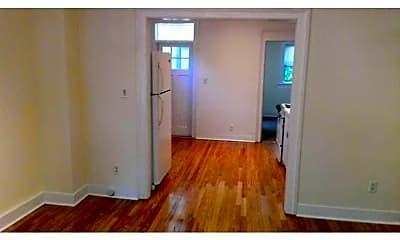 145 Carpenter Ave 1, 1