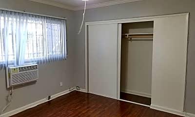 Bedroom, 969 N Mariposa Ave, 2