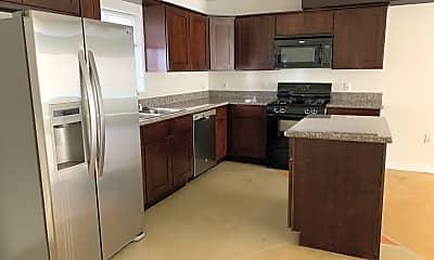 Kitchen, 8241 Blackburn Ave, 1