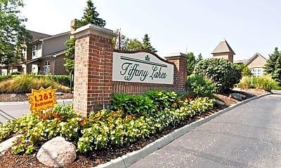Tiffany Lakes, 0