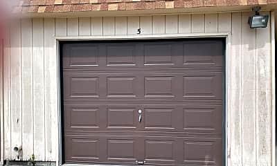 Building, 3030 Parklane Dr, 2