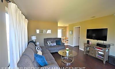 Living Room, 5387 Heather St, 1