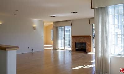 Living Room, 4670 Glenalbyn Dr, 1