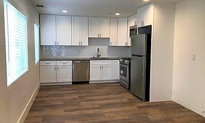 Kitchen, 3034 Ivy St, 1