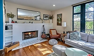 Living Room, 8333 Grand View Dr, 0