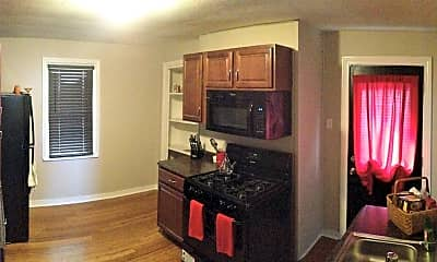 Kitchen, 986 E Warrington Ave, 1
