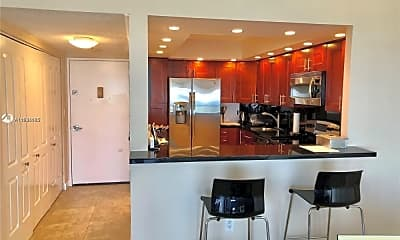 Kitchen, 20515 E Country Club Dr, 1