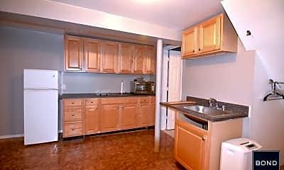 Kitchen, 112 Calyer St, 1
