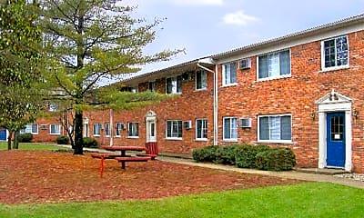 Building, Heritage Park Apartments, 1