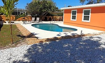 Pool, 3214 Bougainvillea St, 2