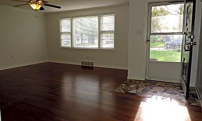 Living Room, 7600 Santa Fe Drive, 1
