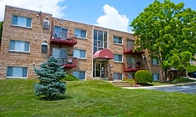 Hilltop Apartments, 2