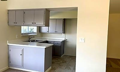 Kitchen, 2724 Newhall St, 1