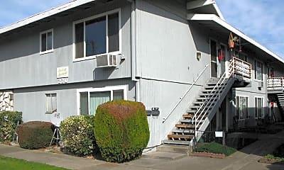Building, 220 N Ivy St, 1