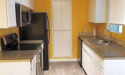 Kitchen, 6850 SHARLANDS  UNIT C1012, 1