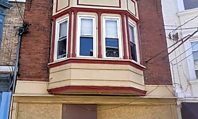 Building, 705 S 4th St 2F, 1