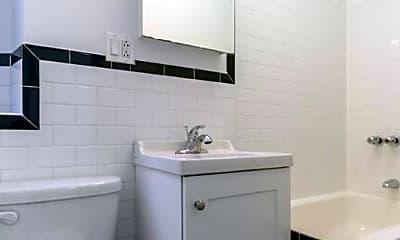 Bathroom, 365 Broome St, 2