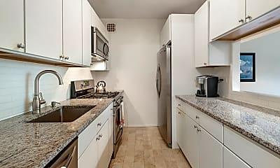 Kitchen, 100 W 105th St, 2