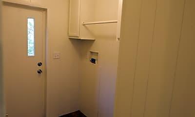 Bedroom, 414 Helen St, 2