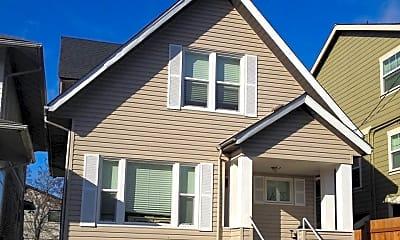 Building, 5031 12th Ave NE, 1